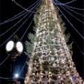 Украшение елки новогодней светотехникой